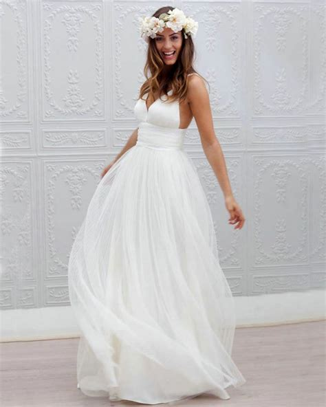 fotos de vestidos de noiva simples  discretos