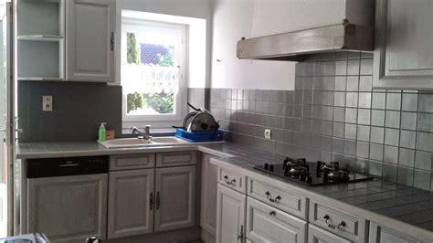 cuisine rustique repeinte cuisine rustique repeinte en gris maison design bahbe com