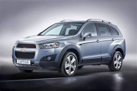 Chevrolet Captiva by Chevrolet Captiva Suv Photos Cars Prices Specification