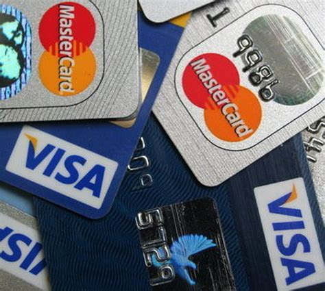 Dear debbie, most credit card companies do not allow you to set a limit on how much each authorized user can spend. Authorized user charges $2,500 on account owner's credit card: Money Matters - cleveland.com