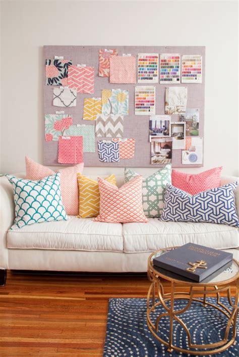 couture coussin canapé poduszki elementem wystroju piękne aranżacje