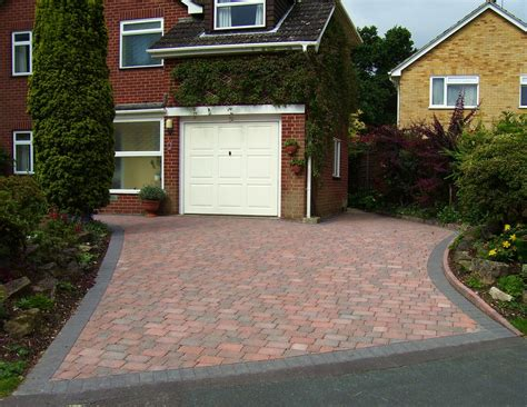 paved driveway premierdriveways paving civil engineering and hard landscaping in farnborough paving
