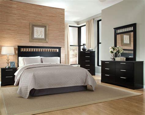 Black Modern Suite With Headboard Detail  Atlanta Bedroom