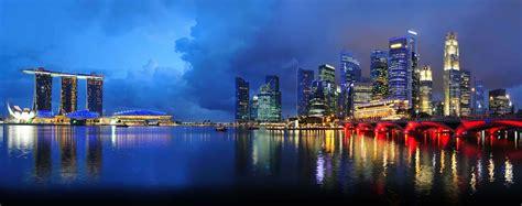 class flights  london heathrow  singapore
