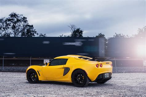 黄色的车,高清图片,车-纯色壁纸