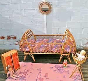 Lit Bébé Vintage : lit b b en rotin vintage b b pinterest vintage ~ Dode.kayakingforconservation.com Idées de Décoration