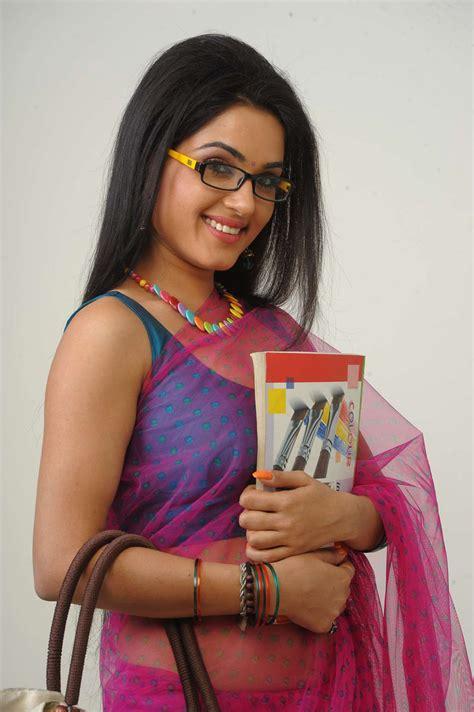 Kavya Singh Hot Saree Stills In Sorry Teacher Movie All Pics