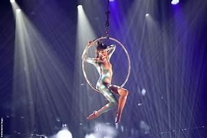 Baboulé, contorsionniste prodigieux - Photo de Mugler ...