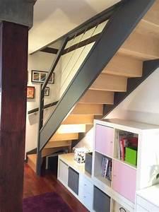 Bureau Sous Escalier : un bureau contemporain sous l 39 escalier contemporain ~ Farleysfitness.com Idées de Décoration