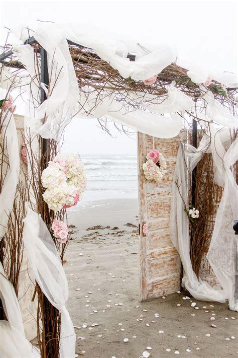 diy beach wedding ideas perfect   destination