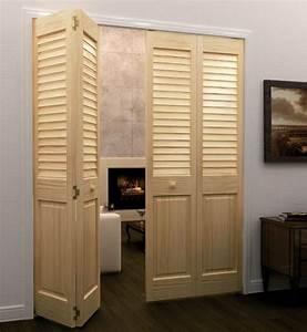 porte persienne une decoration pratique pour votre interieur With porte de placard pliante en bois