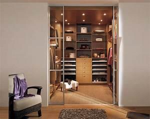 Chambre Dressing : bain d tails essentiels dressing chambre en pente ~ Voncanada.com Idées de Décoration