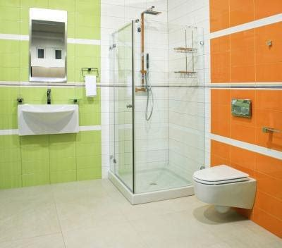 Bathroom Color Combos by The Best Paint Colors For Small Bathrooms Ehow