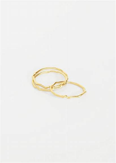 Ring Betty Slide Previous Rings