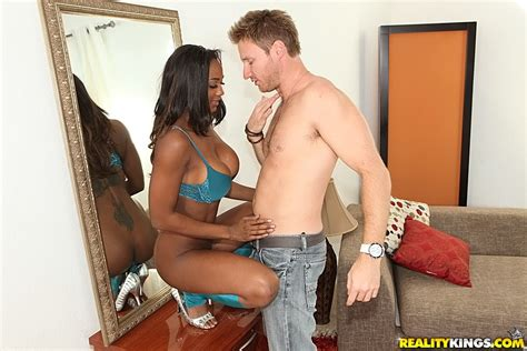 Stunning Ebony Babe In A Hot Biracial Sex Photos Janine