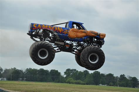 monster truck rally videos monster truck photos midwest monster truck events mount