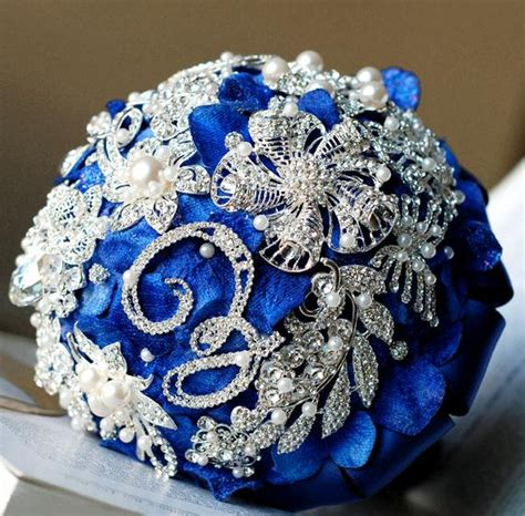 Items Similar To Vintage Bridal Brooch Bouquet Pearl