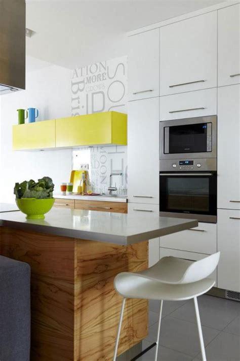cuisine blanche contemporaine la cuisine blanche et bois en 102 photos inspirantes