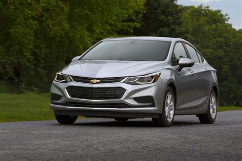 2017 Chevy Cruze Diesel Stick Shift Makes Frugality Fun