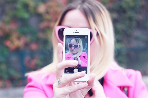 the best apps for taking selfies