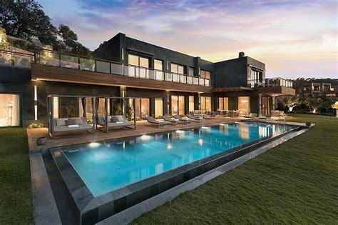 luxury villa living  mandarin oriental bodrum travel