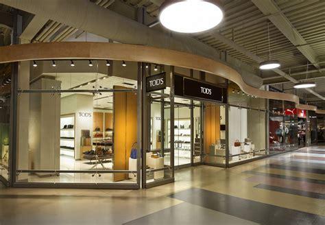 luxury brand tods  retail space syracuse  york