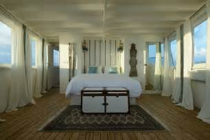 theme decor for bedroom inside the the sailing boat that once