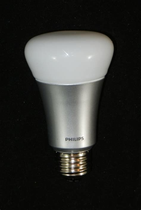 new philips hue wireless lighting 600 lumens livingcolors
