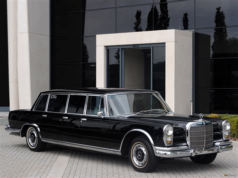 For more than 30 years it carried kings, chancellors and presidents on state visits, extremely well. Photos of Mercedes-Benz 600 6-door Pullman Limousine (W100 ...