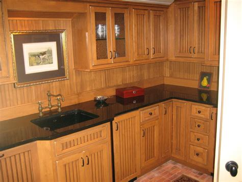 beadboard kitchen cabinets diy white beadboard kitchen cabinets pictures home design ideas 4375