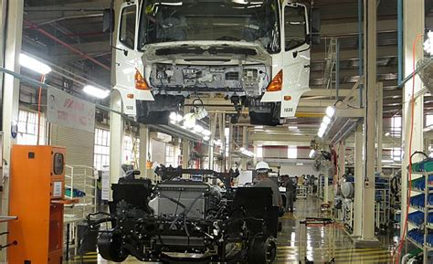 volvo truck manufacturing plants hino motors to expand truck assembly plant in west