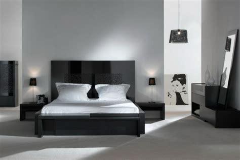 les chambre coucher le sommier du lit pour chambre à coucher archzine fr