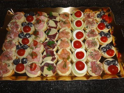 caille sur canapé canapes assortis boulangerie julien