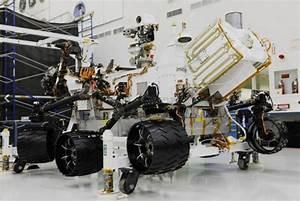wordlessTech | Curiosity- the Mars rover