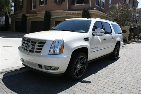 sell   cadillac escalade  san bernardino california united states