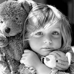 One Pic: Cute Little Girl with Teddy