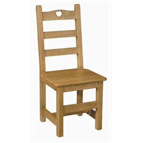 chaise en bois pas cher chaise coeur en pin assise bois achat vente chaise