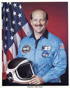 Astronaut Buzz Aldrin Signed by Bulova (page 3) - Pics ...