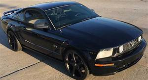5th generation black 2006 Ford Mustang GT V8 For Sale - MustangCarPlace