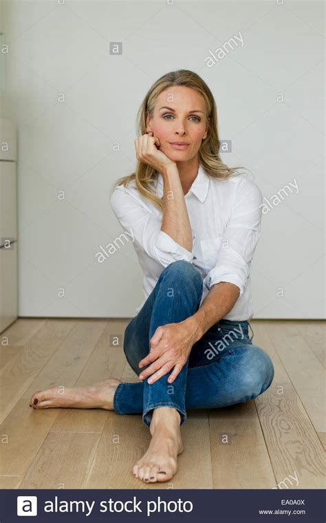 mature bare feet galleries pussy sex images