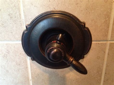 Delta Shower Faucet With Temperature Control by Plumbing How Can I Remove A Shower Faucet With No Set
