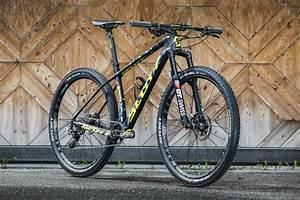 Flow's First Bite: 2017 Scott Scale - Flow Mountain Bike ...