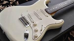 Fender Jv  St62-115  1984 Vintage White