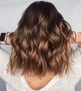 Balayage Cheveux Bouclés : couleur balayage blond miel caramel notre guide d ~ Dallasstarsshop.com Idées de Décoration