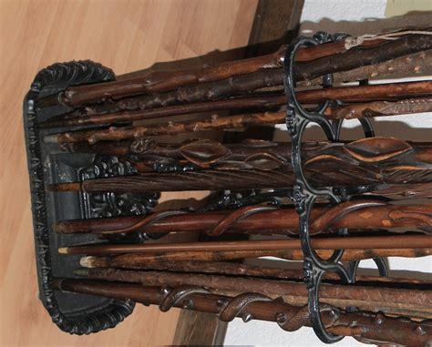 displaying  caneswalking sticks canequest