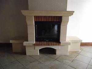 Repeindre Une Cheminée : cheminee avec insert fonte flamme ~ Voncanada.com Idées de Décoration