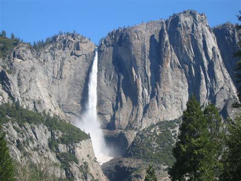 Yosemite Falls California Usa Most Beautiful Places