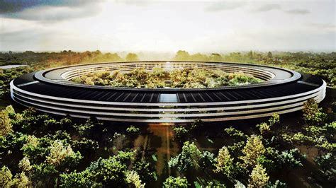 siege d apple norman foster on designing apple s 5 billion quot spaceship