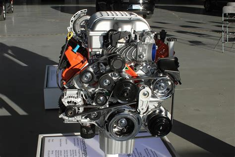 charger hellcat engine first drive 2015 dodge srt charger hellcat digital trends
