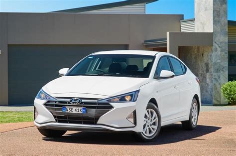 2019 Hyundai Elantra on sale in Australia, Go variant ...